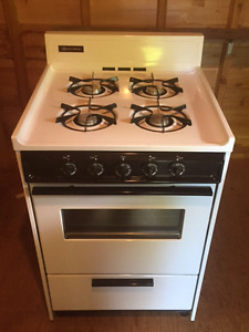 Brown gas stove - excellent condition