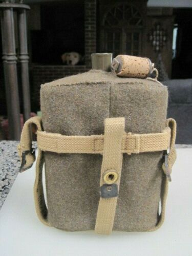 Vintage WWII British Army Canteen B3925