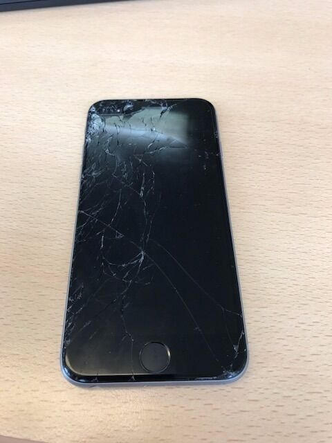 iphone 6 for sale 64gb cracked screen in south shields tyne and