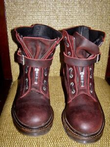 Women's Red Leather Designer Short Boots - Diesel - 7.5