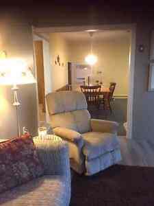 CHEMONG LAKE HOME, MONTHLY, WEEKLY OR WEEKENDS Peterborough Peterborough Area image 4