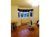 Near Golders Green Double Room in A Share Property Don't Miss out!!!