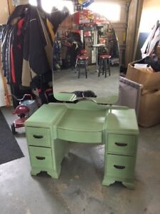 Antique Make Up Table