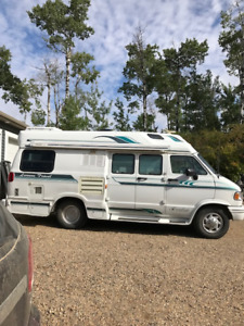 Camper Van | Find RVs, Motorhomes or Camper Vans Near Me in