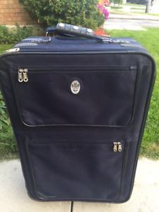 Hey's Suitcase Luggage