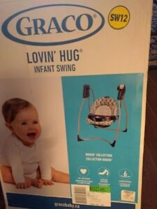 GRACO Baby Swing Used 4 times