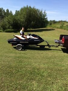 2013 Seadoo GTI SE 155 with TRAILER and LIFT