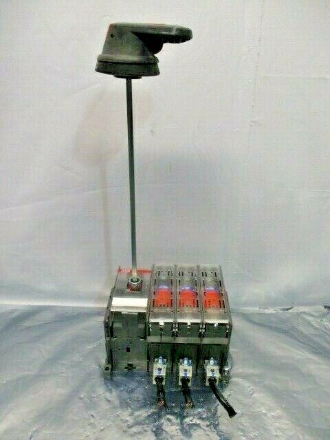 ABB OS100J03 General Purpose Disconnect Switch w/ 3 AMP-Trap 2000 Fuse, 100642