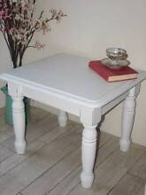 White beach house Coffee / Side Table ~ As New Varsity Lakes Gold Coast South Preview
