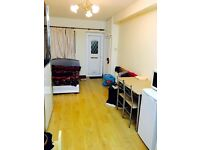 Modern Spacious Open Plan Studio in Norwood Road /Southall+All Bills Included