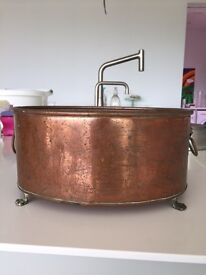 Torquay: Vintage Oval Copper Planter Pot Holder On Brass Claw Feet And Lion Head £20