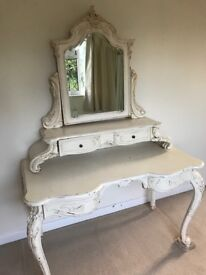 Cream Ornate Large Dressing Table