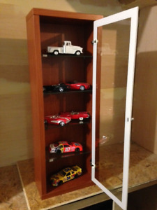 BRAND NEW  Glass Hobby Collectible Display Cases