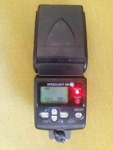 SB600 flash in good condition for nikon dslr cameras