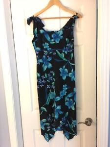 Woman's SIZE 12 Clothing Dresses