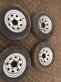 Land Rover Tyres Set Of 4 - Parts