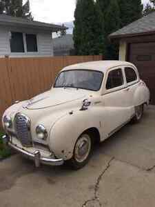 1952 AUSTIN SOMMERST REQUIRES FULLL RESTORATION/RUNS SOLD