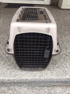 Pet Carrier/Crate for Sale