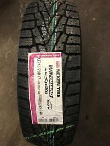 CLEARANCE - NEW Winter tire LT245/70/17