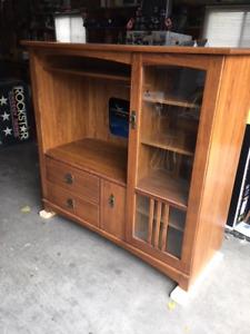 Very Solid Oak Veneer TV Stand Wall Unit