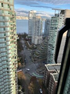 Bright one bedroom apartment @ The Pointe in Coal Harbour