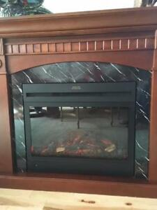 V Nice furn.  elec fireplace remote, & matching mirror