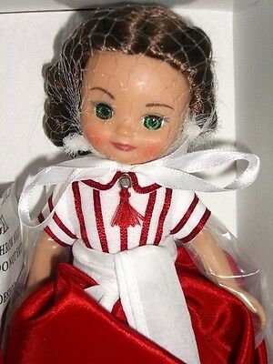 """CHRISTMAS IN ATLANTA 8"""" Betsy McCall Tonner DOLL NRFB Gone With the Wind Scarlet"""