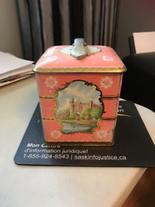Pink Tin with Castle Scenes