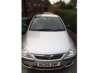 2005 Corsa Twinport 1.2 GOOD condition for age inside and out .