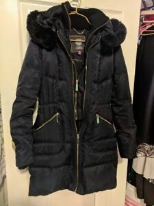 Vince Camuto - Navy Winter Jacket with cuffs & Adjustable Zips