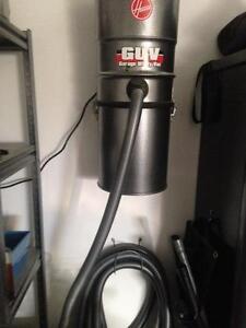 Hoover garage wall mount vacuum unit like new