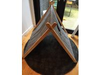 Black and white stripy A-frame play tent , collapsable, in great condition NEW PRICE
