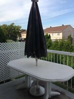 un set de patio - À VENDRE