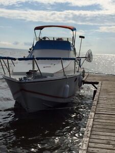 looking to dock a 24 foot boat 2017 summer`leaser slave lake ab