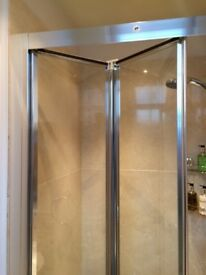 BRAND NEW MIRA VISTA BIFOLD SHOWER DOOR FOLDING 900 MM