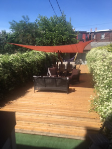 Beaconsfield 4 Bed Apartment - $3700 (util., cable/net incl.)