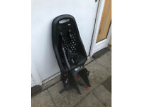 Used but excellent condition Yepp Maxi Easy Fit Rear Child Seat Black with Easyfit Carrier: Black