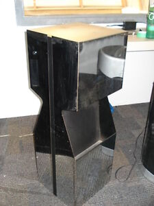 Mirrored Pedestal with Light