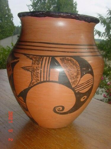OLD VINTAGE HOPI INDIAN POTTERY JAR RIM REPAIRED