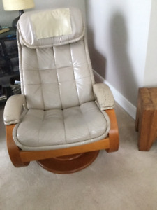 Reclining leather chair and ottoman