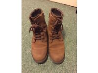 Clarks casual boots brown UK3