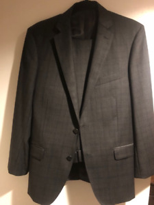 Tallia Charcoal Windowpane Suit - Size 38 - EXCELLENT CONDITION