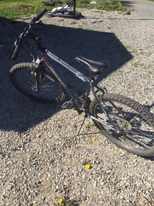 "Schwinn Suspend Bike For Sale 18"" frame"