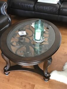 Coffee Table, End Table and Side Table in Mint Condition