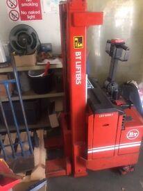 Rolatruc BT lifter RD60, hand pallet truck, fork lifter very cheap quick sale