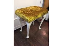 Beautiful Gold *DRESSING TABLE STOOL* Crystal Diamonte Button Queen Anne Legs