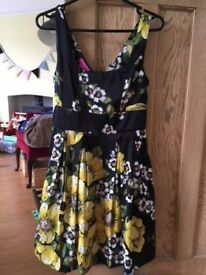 Gorgeous Monsoon summer/spring occasion dress, size 8