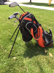 Left Hand Jr. Golf Clubs Ages 8-10