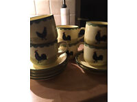 Large tea/coffee cups and saucers x 6