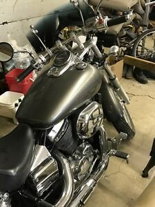Honda Shadow Spirit (excellent bike)